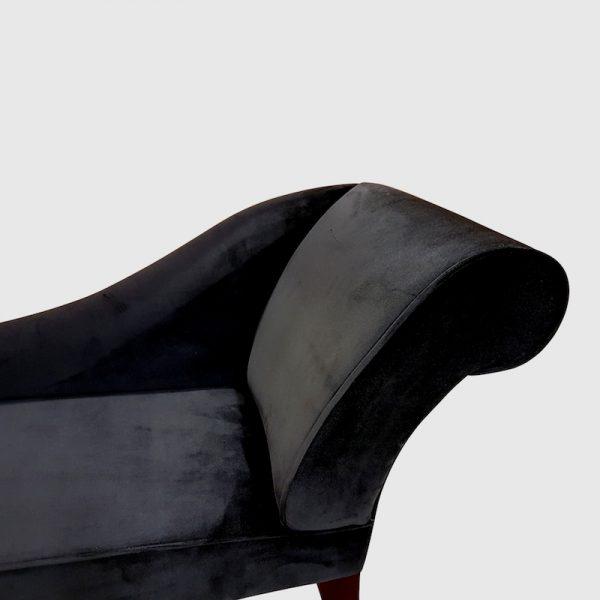 Bensons Shadow Velvet detail.chaise longue