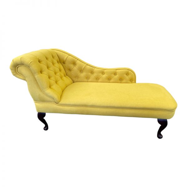 buttoned chaise longue