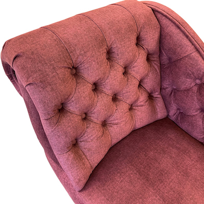 buttoned chaise longue beetroot 391 2