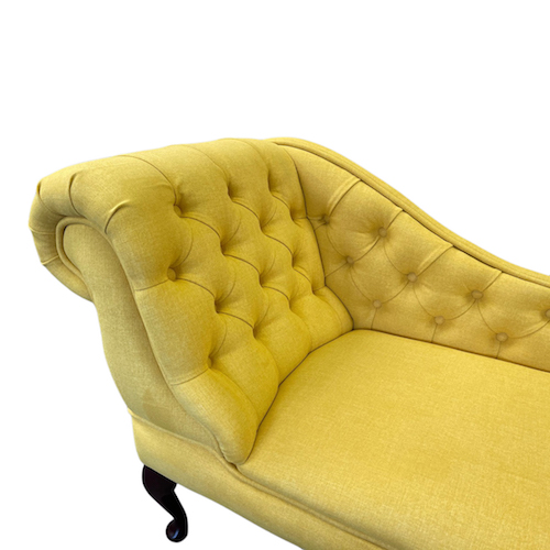 buttoned chaise longue beetroot 3911