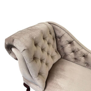 buttoned chaise longue taupe velour 1